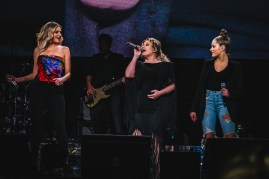Kelly Clarkson 17