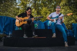 Alec Rodrigo Y Gabriela Live 05
