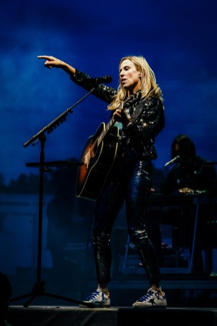 Sheryl Crow Laurel Live 05