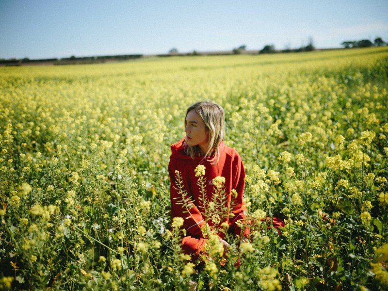 "The Japanese House releases live session video for ""Everybody Hates Me"""