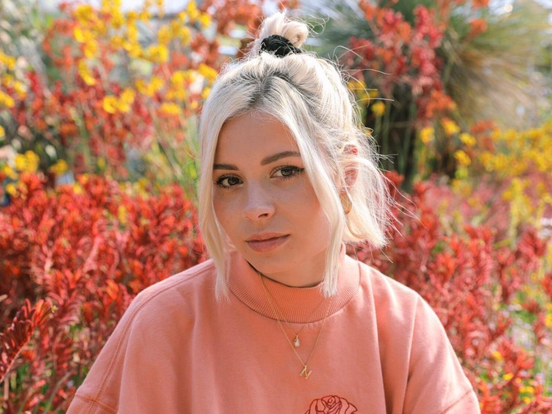 Nina Nesbitt's Offers Up an Expanded Version of Latest Record