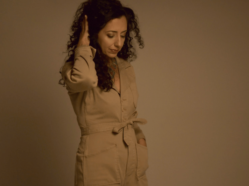 New York singer, songwriter and poet Atoosa Grey premieres her new album 'Dear Darkness'