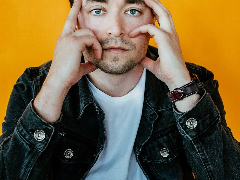 """Indie singer-songwriter Zack King releases shimmering summer bop """"Butterfly Face"""""""