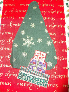 Detail of the tree with the presents