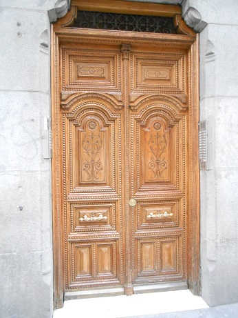 Madrid doors 3