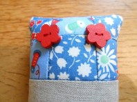 pincushions-sept-2016-blue-and-linen-2
