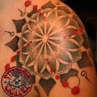 Stitchpit-Tattoo-Hamburg-mandala-sacred