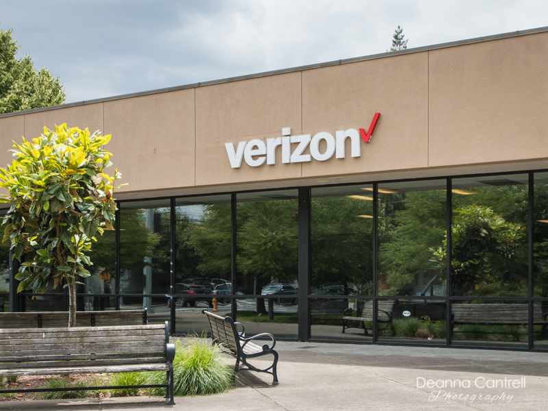 The Cellular Plus Verizon Store at 8222 N Ivanhoe in St. Johns.