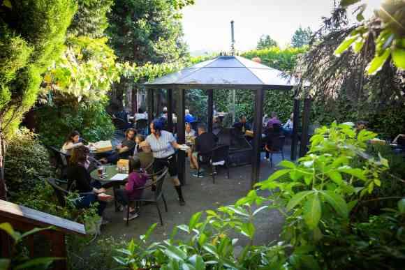 McMenamins St. Johns Pub outdoor patio