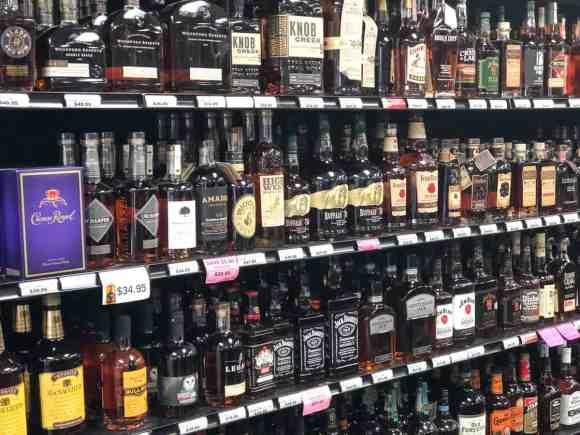 St-Johns-Liquor-Store