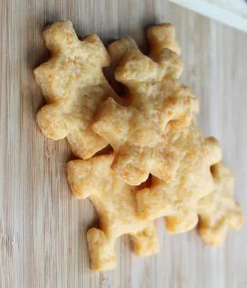 homemade_cheese_crackers2