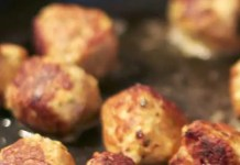 Cumin scented lemon chicken meatballs are a gluten-free meal that the whole family will love. While most meatball recipes call for beef or pork, this leaner version is not only healthy but tastes great too.