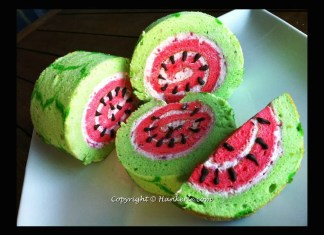 Recipe for Watermelon Swiss Roll - What a beautiful presentation this makes for a summer party... really festive and creative!