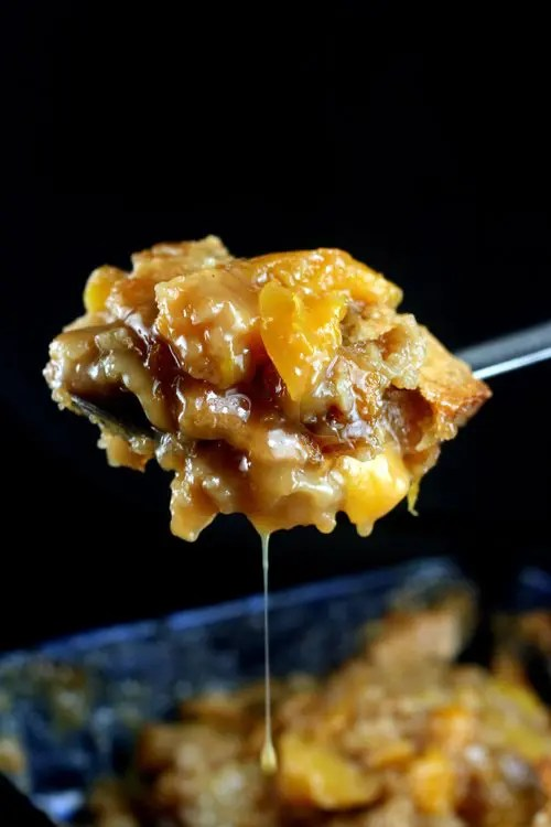 butterscotch_caramel_peach_cobbler