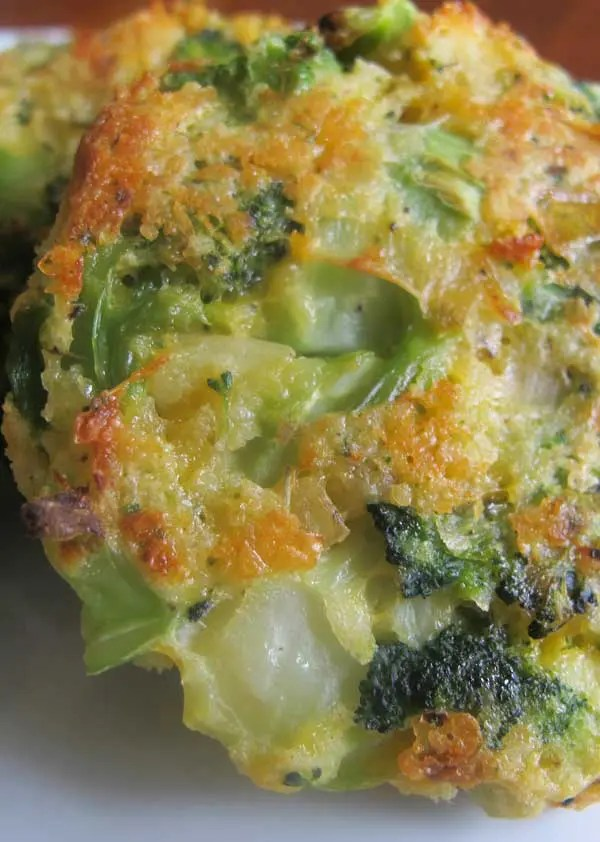 Recipe for Cheesy Roasted Broccoli Patties - In an effort to get my boys to eat their broccoli, I created these patties. they loved them!