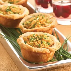 Deviled_Crab_and_Cheese_Biscuit_Cups