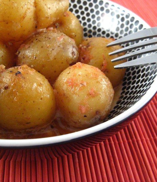 baby_potatoes_with_horseradish_sauce