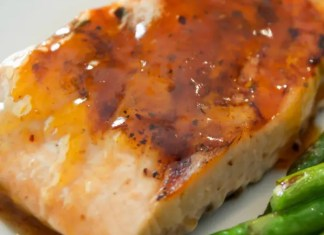 Recipe for Smokey Apricot Glazed Salmon