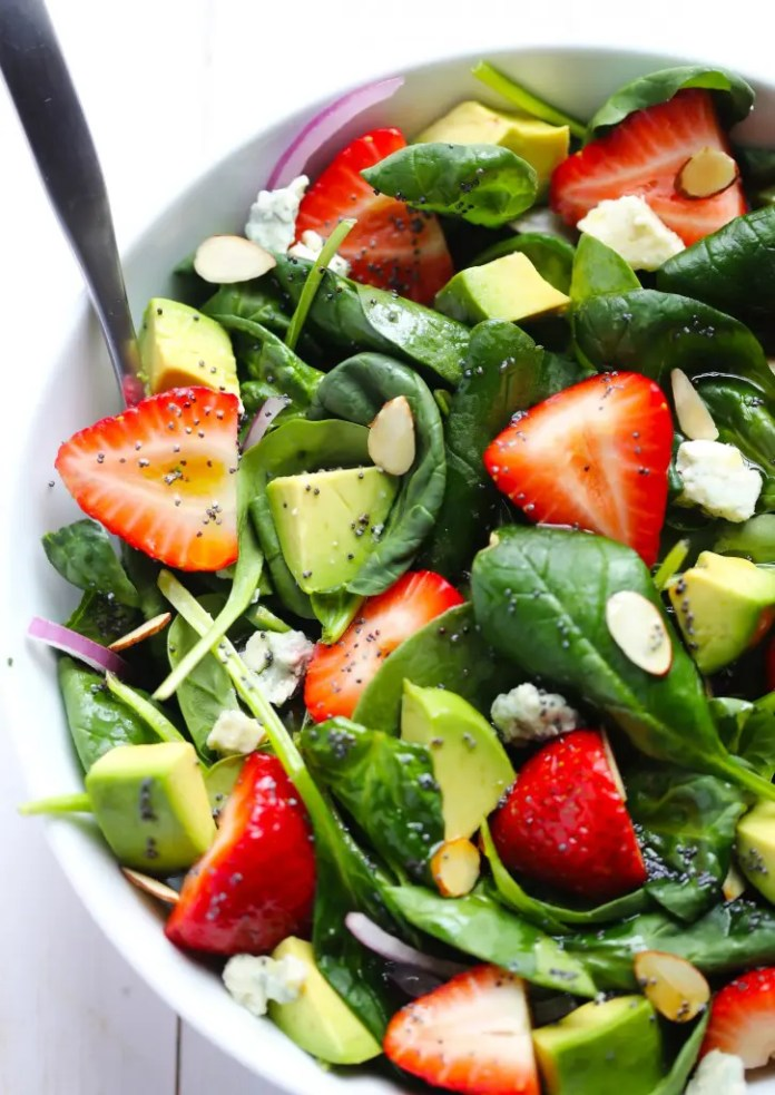 Strawberry-and-Avocado-Spinach-Salad-51