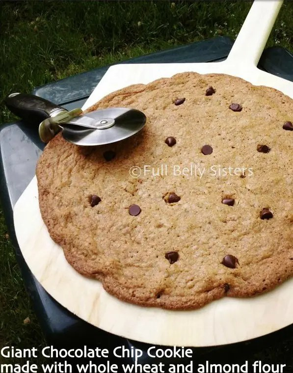 Giant_Chocolate_Chip_Cookie