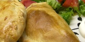 Do you love Mexican food, but hate the fact that all the good stuff is fried? Well, try these baked Empanadas!
