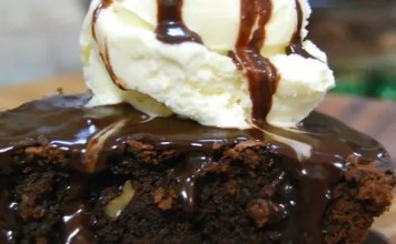 Brownie Pie a la Mode - Brownies baked in a pie dish and served in wedges topped with vanilla ice cream and hot fudge sauce. Yum!