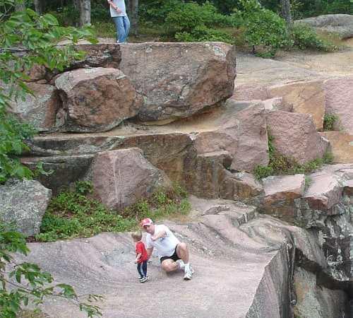 STL Day Trip: Elephant Rocks