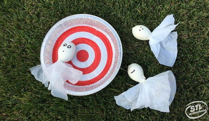Play Halloween bean bag toss games
