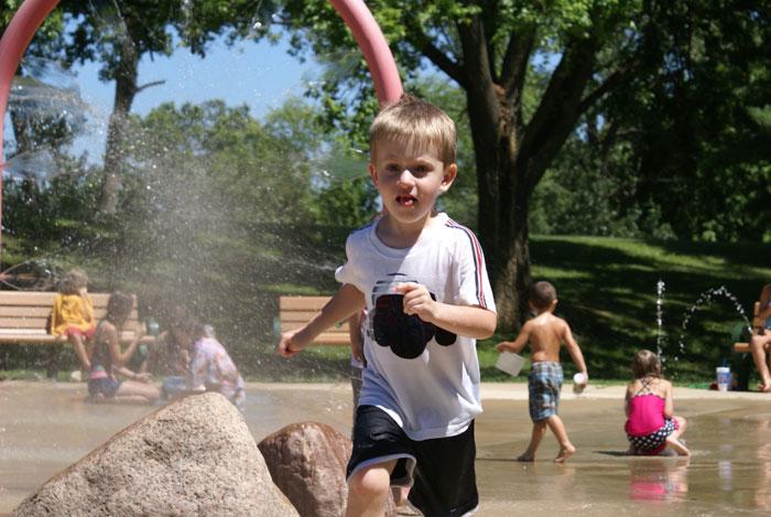 splash fountain st louis county park