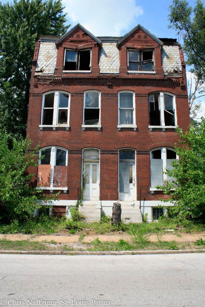 Copyright St. Louis Patina -8473