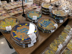 Blues cookie cakes