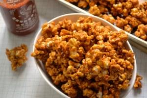 sriracha-caramel-corn-5