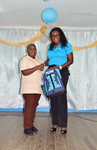 Shaquille William, National Science Fair Winner, got a bag from Glow and free service for six months