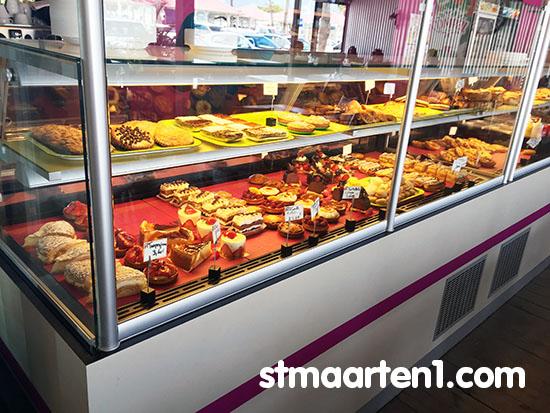 stmaarten-pastries-ledivin2