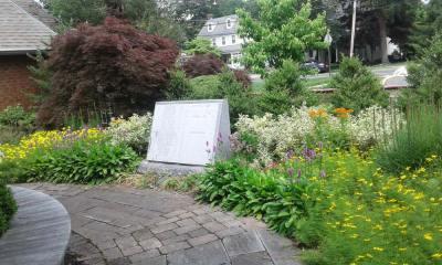 Memorial_Garden_5