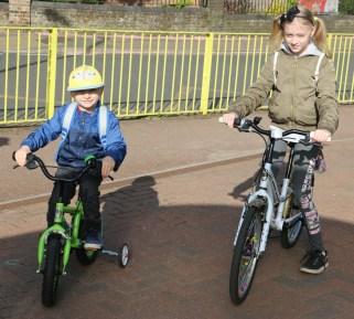schoolbikers4