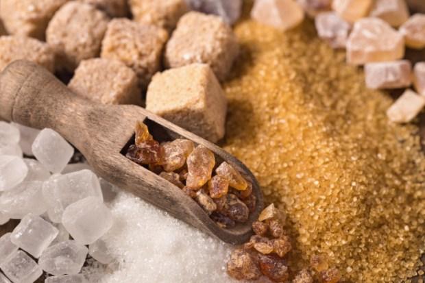 Коричневый сахар полезнее белого. Фото: Thinkstock / Fotobank.ru