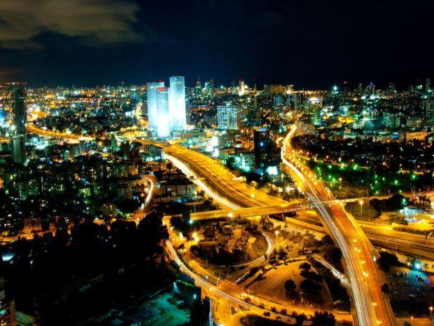 В Тель-Авиве появились мини-амфитеатры для комфортных уличных выступлений. Фото: NoCamels