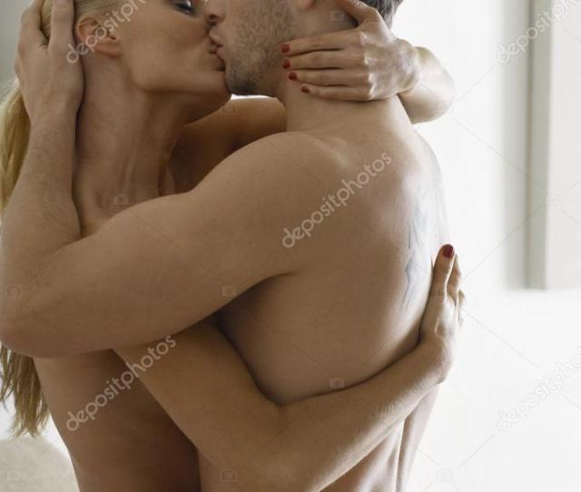 Nude Kissing Couple Photos