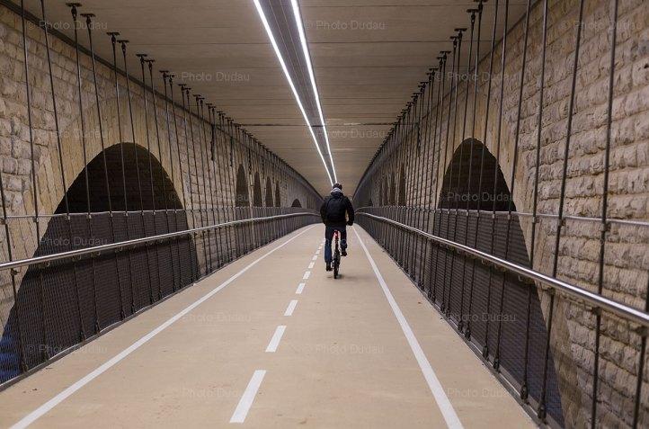 New passage under Pont Adolphe
