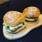 S&B Crispy Chicken Burgers
