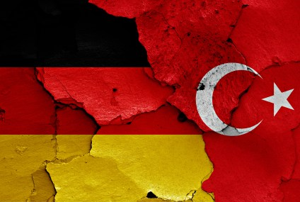 German Minister: Turkish intelligence collecting information on opponents