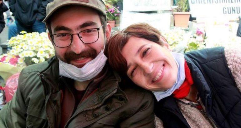 Turkish court releases jailed hunger-striking educator Özakça on probation