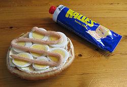 шведская икра в тюбике сувенир из стокгольма