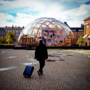 Дом-шар из �текла в Стокгольме