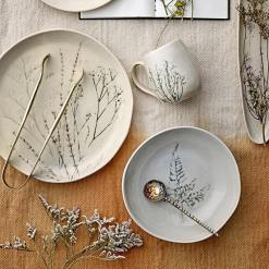 Bea Tableware Collection