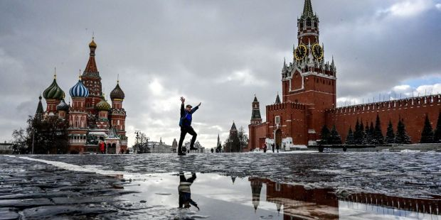 Russia slows Twitter and demands removal of 'illegal' content