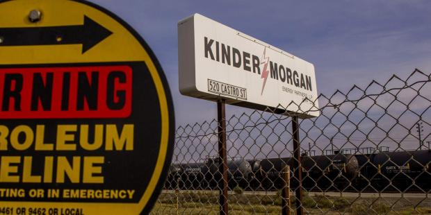 Kinder Plans Trading Move to Become Even Bigger Force in Fuels