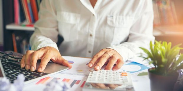 Do you really need a financial adviser? Take this six-question test to find out.