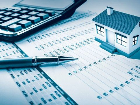 Should You Carry Your Mortgage Into Retirement?
